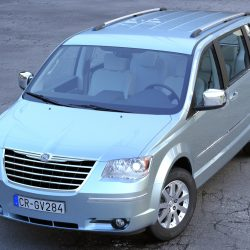 Chrysler Grand Voyager 2010 ( 1249.08KB jpg by arkviz )