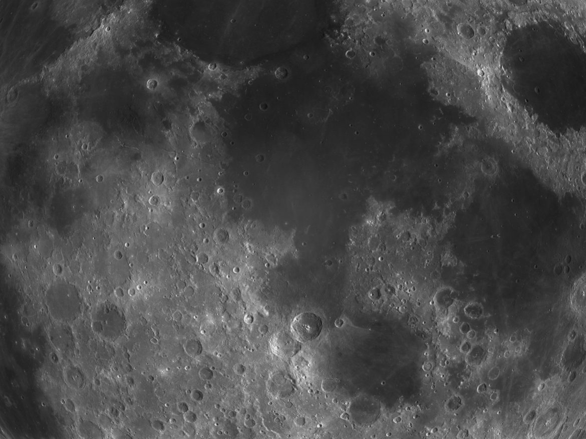 Moon Collection ( 1608KB jpg by FlashMyPixel )