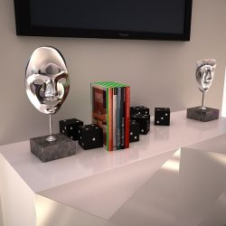 Decorative Accessories - 2 masks on stands ( 204.37KB jpg by ComingSoon )
